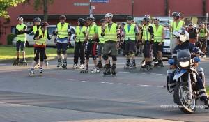 Rund 150 Teilnehmer skaten zusammen durch Fulda